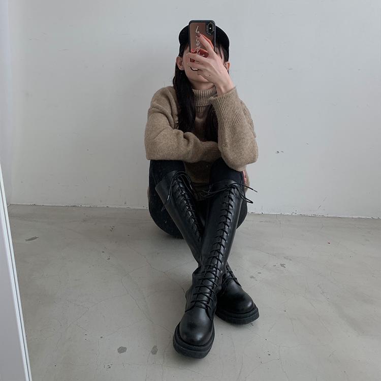 D+AF鬆糕底綁帶馬汀長靴 小隻女穿搭 小隻女 馬汀靴穿搭