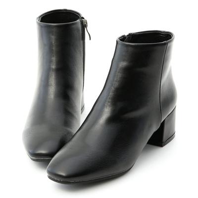 俐落焦點.極簡素面方頭低跟短靴 黑色素面短靴